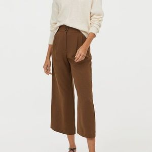 Never worn H&M wide leg pants with buttons